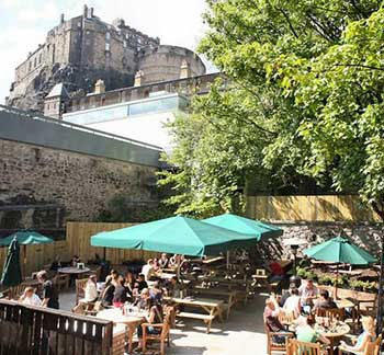 beehive inn grassmarket pub bar food beer garden